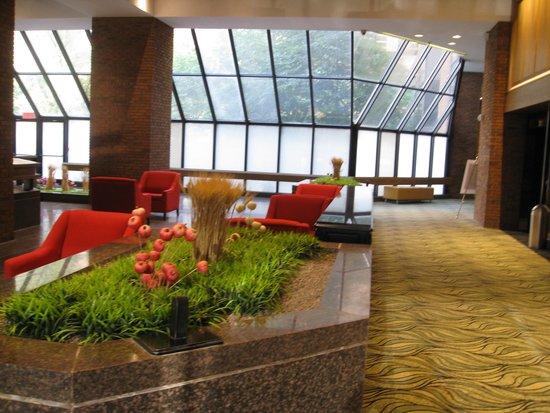 Crowne Plaza Gatineau-Ottawa: Lobby