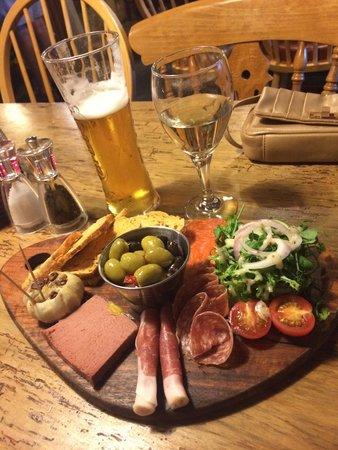 The Who'd A Thought It Inn Restaurant: Sharing platter starter