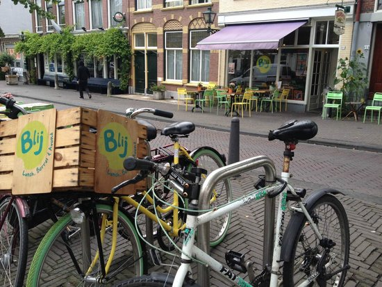 Restaurant Blij : In a nice area of town