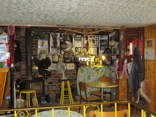 Inn of Olde Pub: Interior