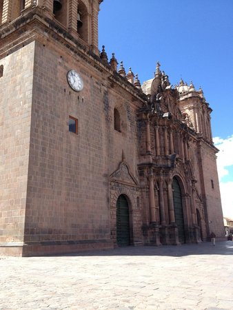 Plaza de Armas: Catedral
