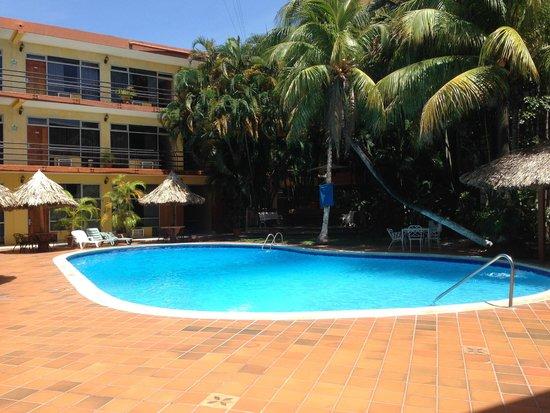 Gran Hotel Paris: piscina