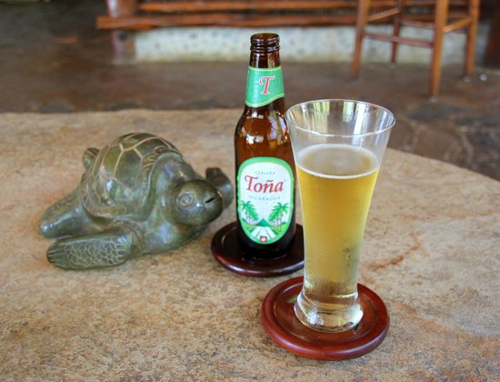 Morgan's Rock Hacienda and Ecolodge: Refreshing Tona beer