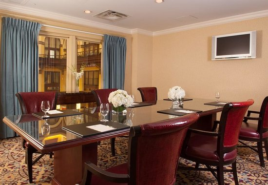 Union Station Hotel, Autograph Collection: Coach Room