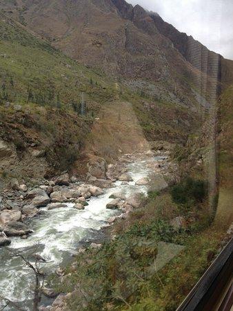 PeruRail - Belmond Hiram Bingham: Río Urubamba