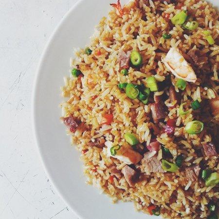 Zesty's Restaurant: yang chow fried rice