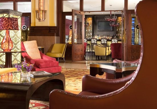 Union Station Hotel, Autograph Collection: Lounge from lobby