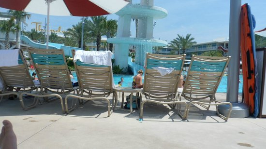 Universal's Cabana Bay Beach Resort: POOL SIDE