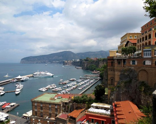 Grand Hotel De La Ville Sorrento : Sorrento Harbour