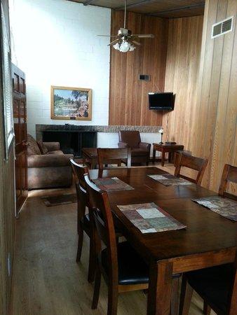 Riverside State Park : dining room and living room - Retired Ranger House