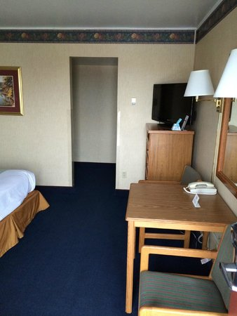 Travelodge Rapid City: Room view from entrance door