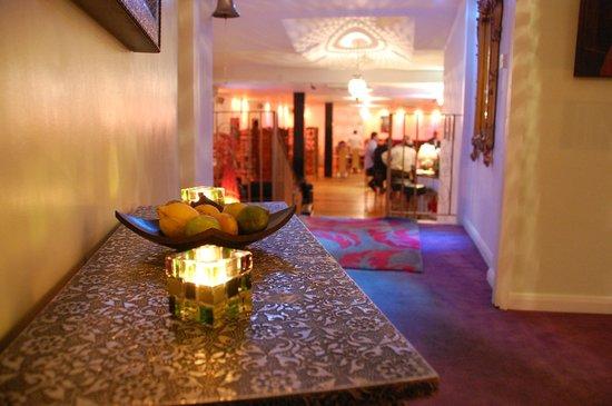 Fushia: Entrance Hall
