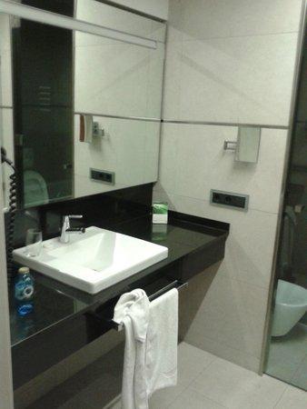 Hotel Primus Valencia : Lavandino