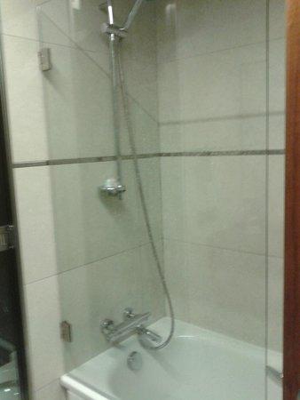 Hotel Primus Valencia : Doccia
