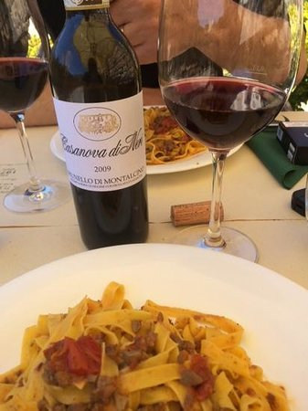 La Terrazza: Great homemade pasta and the best red wine