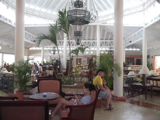 Grand Bahía Principe San Juan: Main Lobby area to rest and relax after a long day