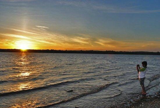 Sir John A. MacDonald Parkway: Summer Sunset