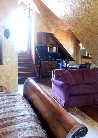 Landoll's Mohican Castle: Landoll Suite - stairs leading to 1 of 3 private decks