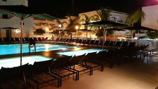 Migjorn Ibiza Suites & Spa : Pool