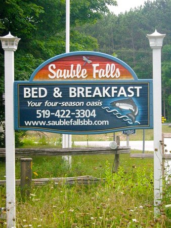 Sauble Falls Bed & Breakfast: Sauble Falls B&B sign