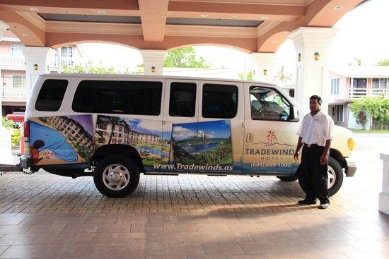 Tradewinds Hotel: Shuttle Van