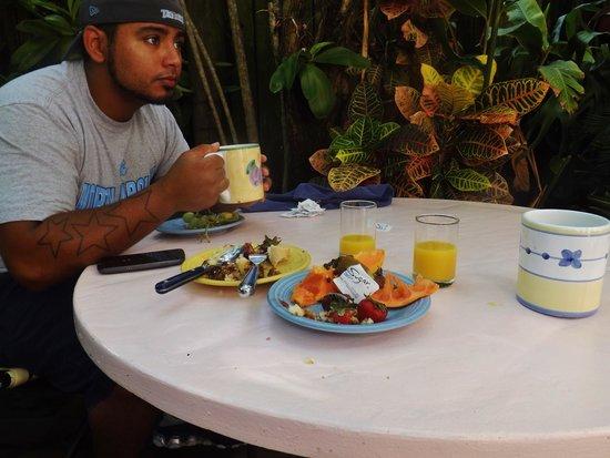 Key West Bed and Breakfast : Breakfast!