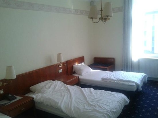 Hotel Monopol: 3 camas individuales