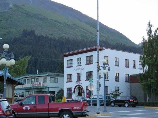 The Van Gilder Hotel: 100-yr-old Hotel Van Gilder, 2014.