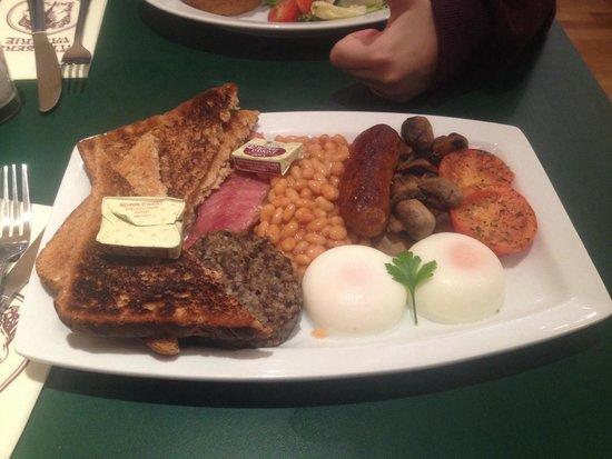 Patisserie Valerie Northbridge: Scottish all day breakfast, yes please.