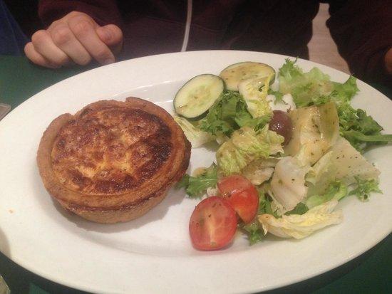 Patisserie Valerie Northbridge: Quiche of the day, quiche Lorraine plus side salad.