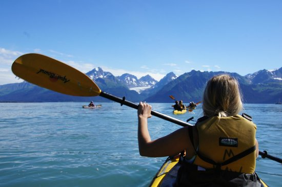Kayak Adventures Worldwide: enjoying the views