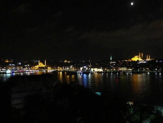 Historic Areas of Istanbul : Istanbul at Night