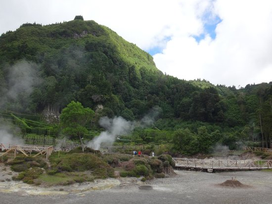 Furnas: Geysers where traditional meals are cooked below ground