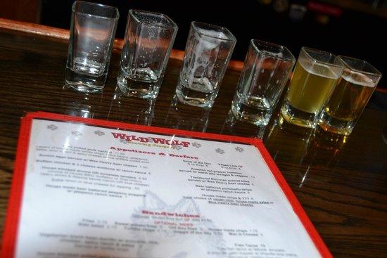Wild Wolf Brewing Company: Flight was soooo delish!!!