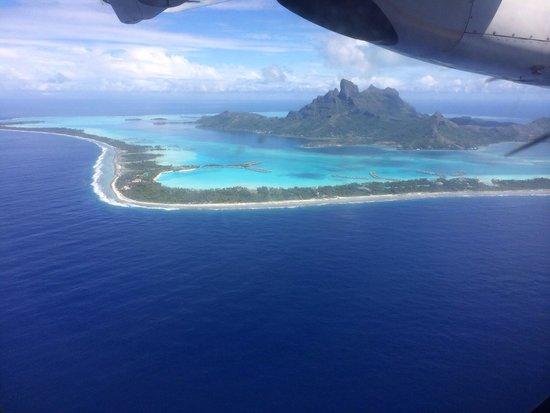 Four Seasons Resort Bora Bora: Bora Bora from the Air
