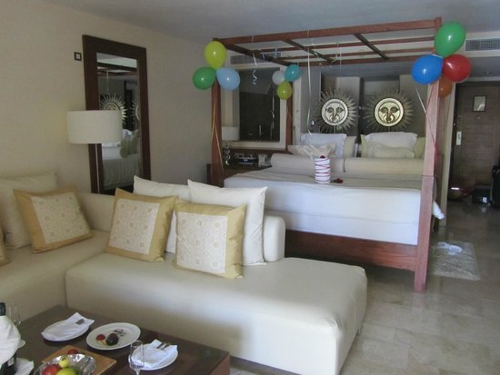 Excellence Playa Mujeres: Room in Building 8 (swim-up)