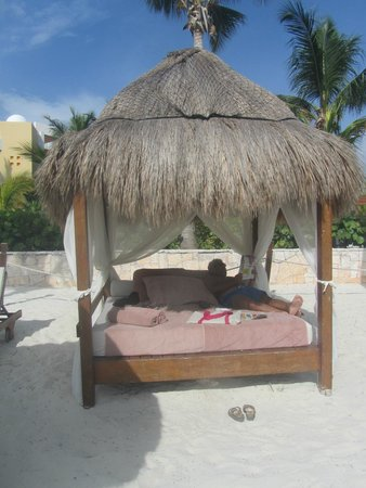 Excellence Playa Mujeres: Excellence Club beach area