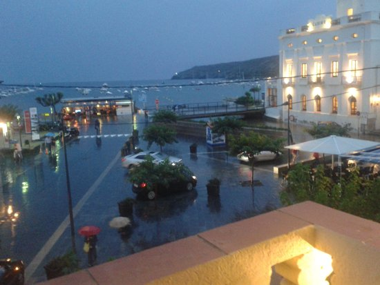 Hotel La Residencia : Desde nuestro balcón