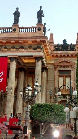 Juarez Theater (Teatro Juarez): Desde restaurante valadez
