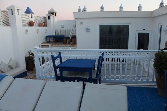 Fontaine Bleue: Terrasse du Riad