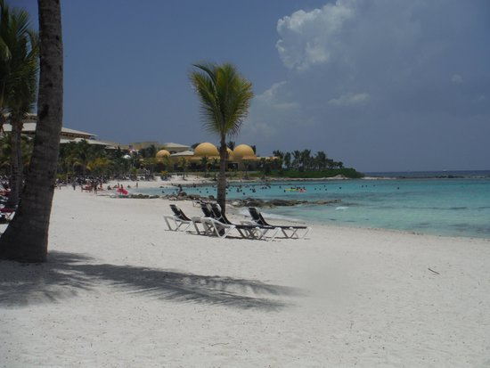 Barcelo Maya Colonial: View from our beach chairs