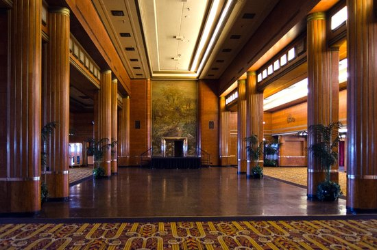 The Queen Mary: The Great Room
