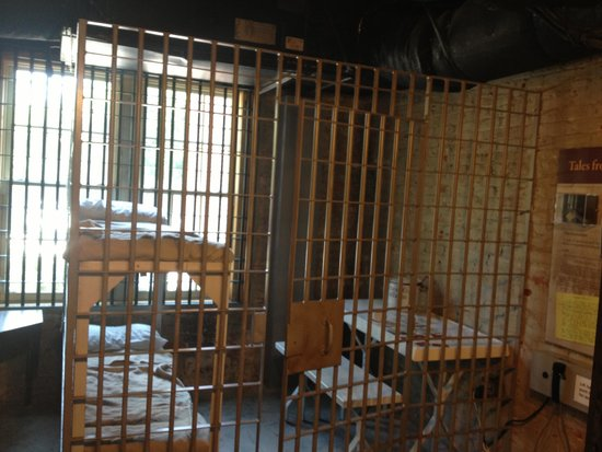 Amelia Island Museum of History: Jail cell of olden times