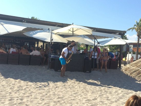 Chiringuito Tierra Caliente : sunday live music at the beach. Don´t miss it!