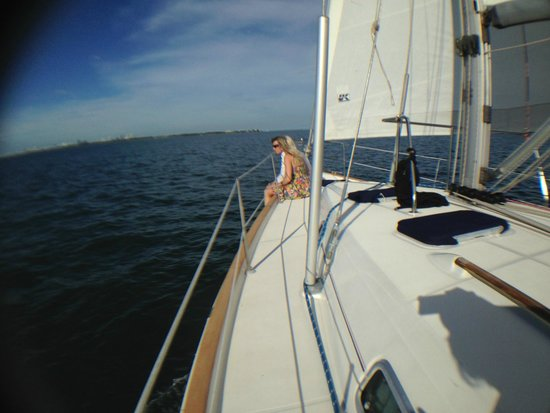 Miami Sailing - Private Day Charters: Spacious foredeck