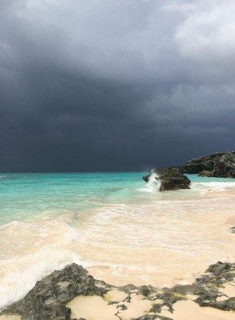 Horseshoe Bay Beach: Calm before the storm