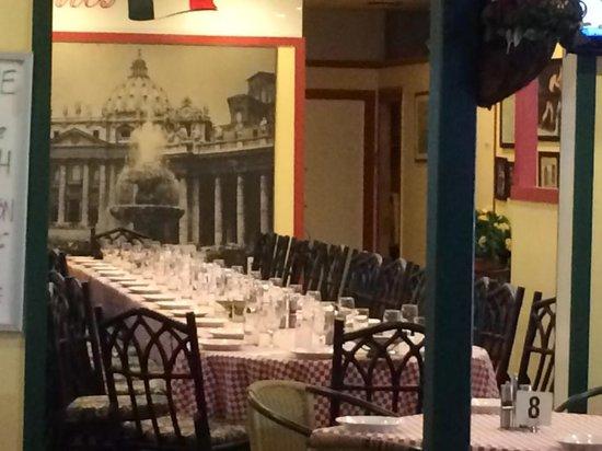 santos italian bar and bistro albany creek restaurant. Black Bedroom Furniture Sets. Home Design Ideas