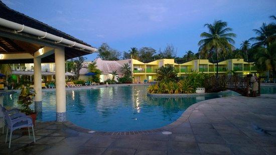 Turtle Beach by Rex Resorts : hotel view