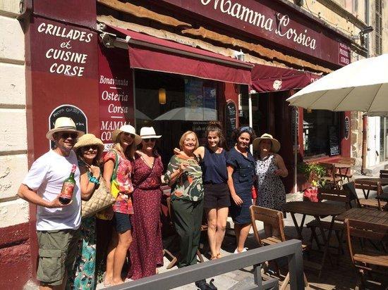 Mamma Corsica : Nosso grupo com a proprietária