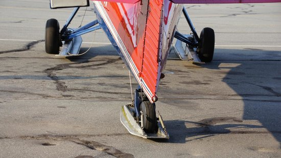 Talkeetna Air Taxi: wheels on plane